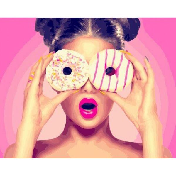 """Картина по номерам """"Девушка с пончиком"""""""