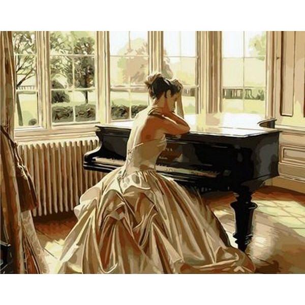 "Картина по номерам ""Девушка у рояля"""